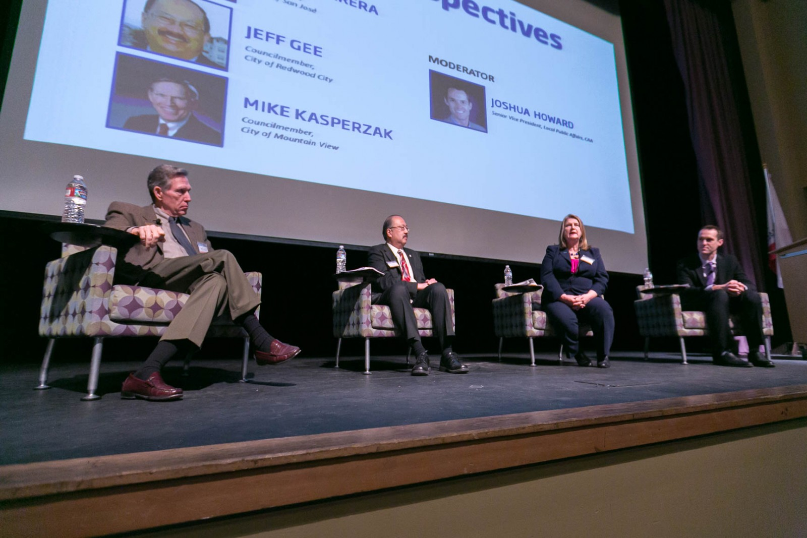 outlook panelists point to bright economy housing california apartment association